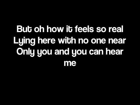 Tiny Dancer - Elton John (LYRICS ON SCREEN)