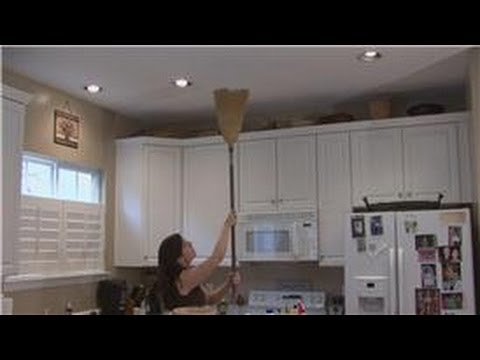 Housecleaning & Home Maintenance : How to Clean Smoke Off of a Ceiling