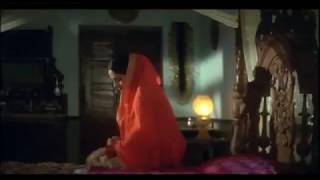 Nana patekar \u0026 ayesha hottest scene aanch movie   Travel Pedant