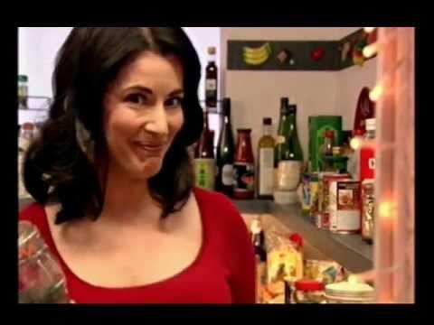 Nigella Lawson: Chocolate Peanut Butter Fudge Sundae: Express