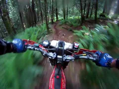 Kirk enduro 2016.  20 tight trails.  One big wipe-out. POV Graham Turner