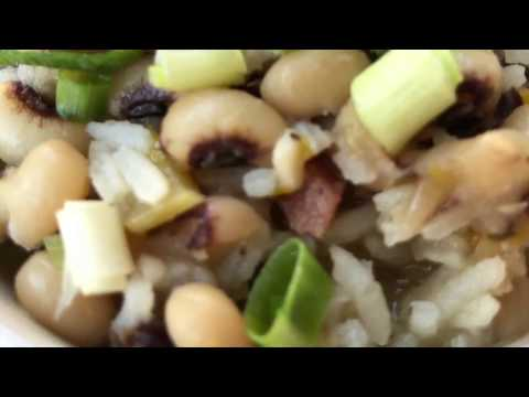 Hoppin' John Recipe - How to Make Hoppin' John for New Year's Good Luck!