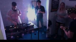 Keeno LIVE @ Home (ft. Hugh Hardie)