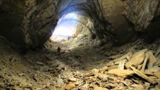 В пещере на Устюрте.