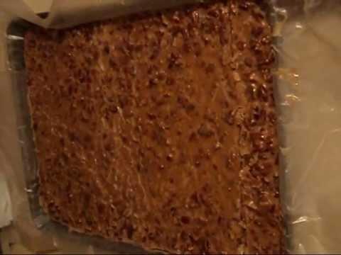 How to Make Homemade Praline Candy
