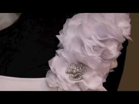 {CAMRYN} How to make a fabric flower for your Wedding Gown : New Version Now Available;)