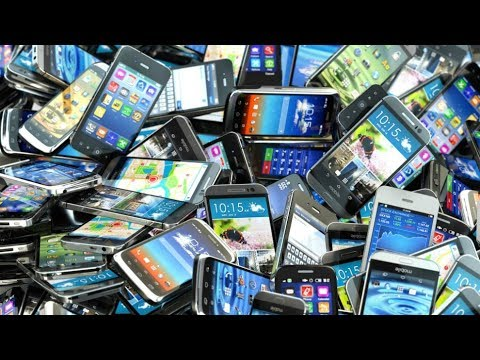 Useful ways to repurpose your old cellphone