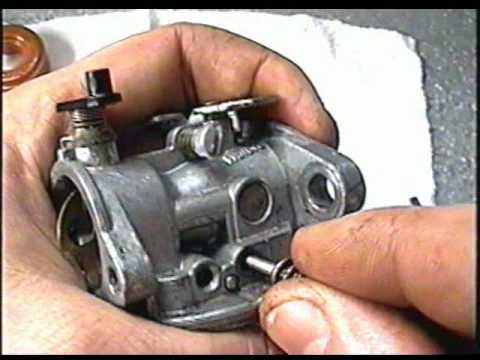 HOW TO CLEAN The Carburetor on BRIGGS & Stratton Quantum Lawnmower Engines