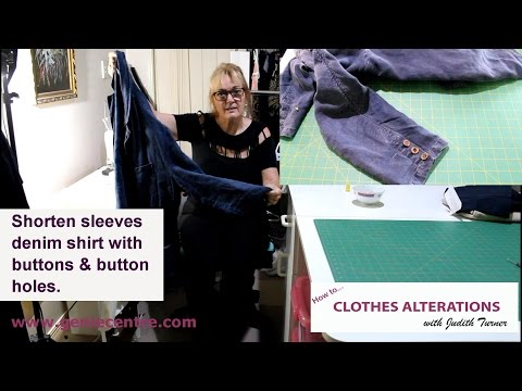 Shorten sleeves denim jacket with button buttonholes