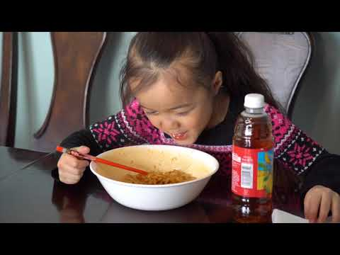 Natalie tries Instant Spicy Noodles