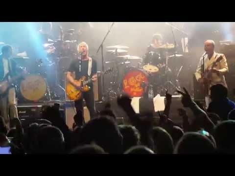 Paul Weller - A Town Called Malice - Warwick Castle    11/7/14