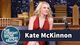 kate mckinnon hammered a bunch of holes into snls office walls