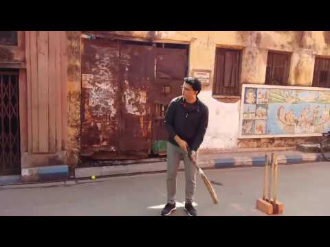 Sourav Ganguly Dada playing in the streets of Kolkata l Rare