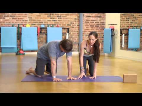 Strengthening Your Wrists With Yoga : Yoga Poses & Tips