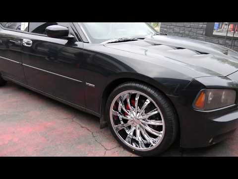 2007 DODGE CHARGER HEMI WITH 22 INCH CUSTOM RIMS & TIRES