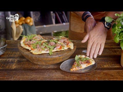 How to make homemade Pizza Prosciutto - Big Green Egg