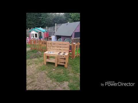 Mud Kitchen / Children's outdoor play