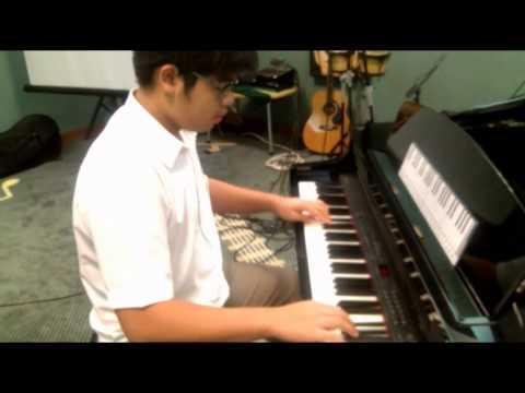 Grade 5 ABRSM Piano Scales and Arpeggios: Tristan