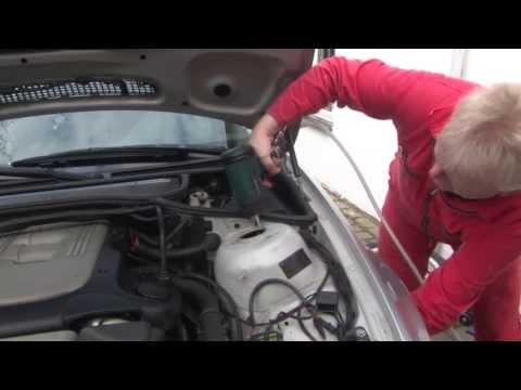 BMW 3 Series - Front shocks, struts replacement, DIY