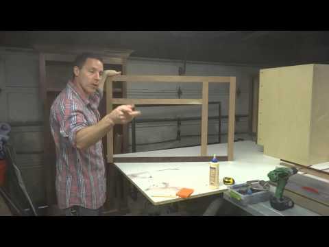 Kitchen Cabinets: Sink Base Build