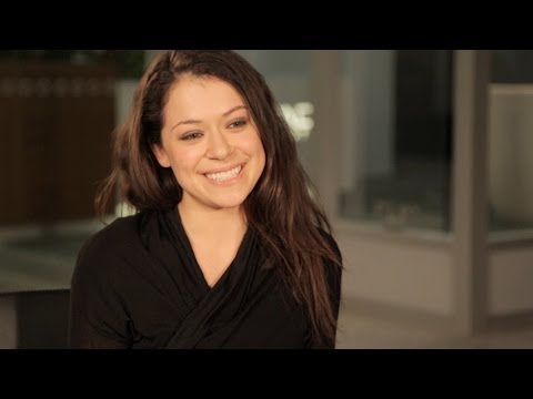 TATIANA MASLANY Takes Taxis in Character & Answers Fans' Questions - ORPHAN BLACK: Ask OB