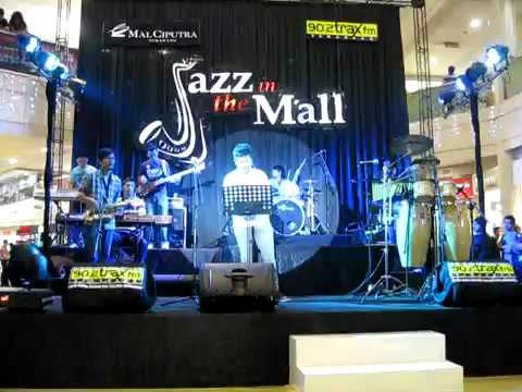 Sekawan & Friends - You Are Beautiful (Cherrybelle Cover) @ Jazz in the Mall Semarang 2012