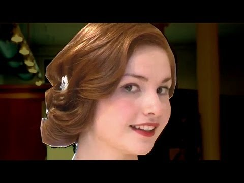 Get Great Gatsby hair: sexy, tousled chignon
