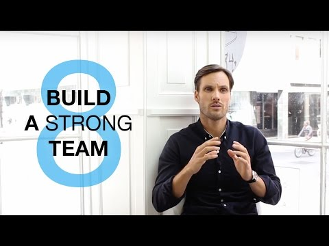 How to Start a Clothing Brand: Build a Strong Team! (8/11)