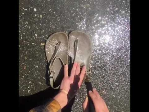 Adventure sandal cleaning nozzle