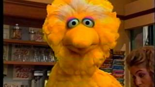 Sesame Street - Zoe & Big Bird Play Pirate - Vidly xyz