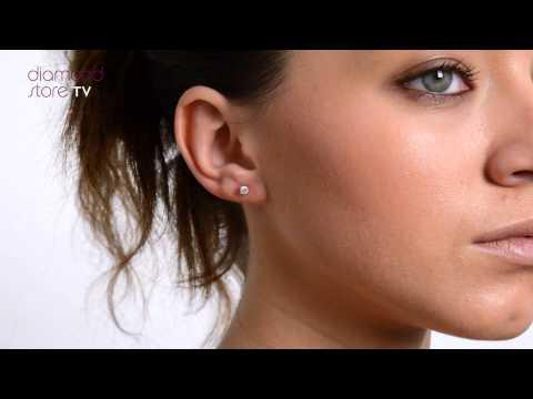 Glamorous 18K White Gold Diamond Stud Earrings