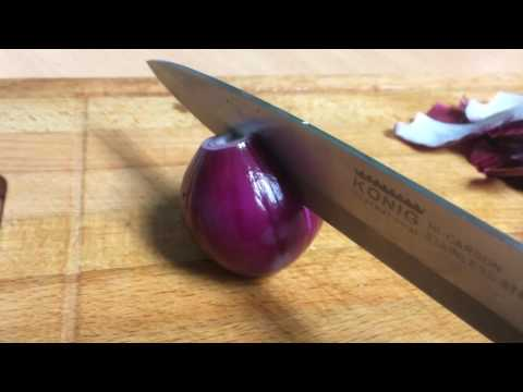 How to Cut a Red Onion