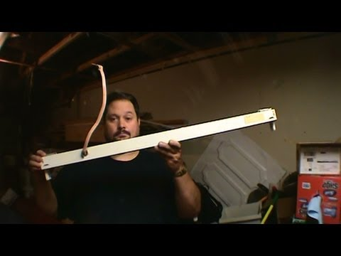 How to Scrap a Fluorescent Light for Copper and Cash!