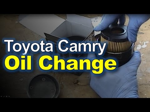 Toyota Camry: Oil Change & Filter Replacement