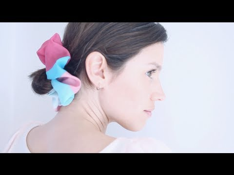 DIY scrunchie for your hair!