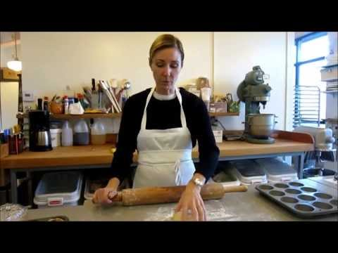 Cooking: How to roll out pastry dough and make tart shells