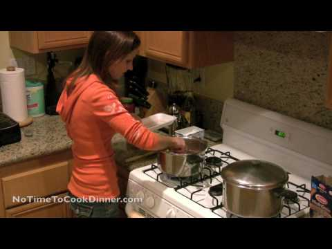 Quick & Easy, Kid-Friendly Spaghetti with Meat Sauce