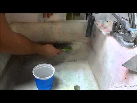 How To Remove Soap Scum And Dirt From A Laundry Tub