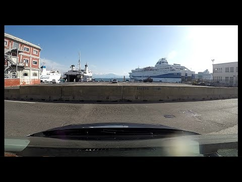 Get the right ferry in Naples
