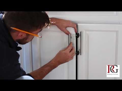 SimpleJig - Jig for installing handles on cabinet doors