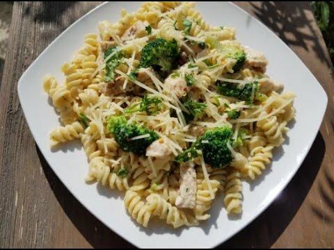 Chicken & Broccoli Rotini Alfredo Pasta Recipe - SIMPLE & CHEAP !!