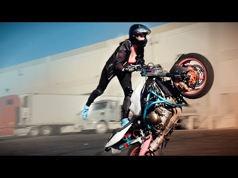 Robyn Stunts - Wheelies & Sena GIVEAWAY