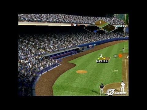 MVP Baseball 2005 GameCube Gameplay - Can't hit this,