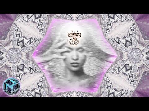 OM VIBRATION II ॐ Third EYE Opening Meditation ॐ OM CHANTING ॐ Third Eye Stimulation Frequency