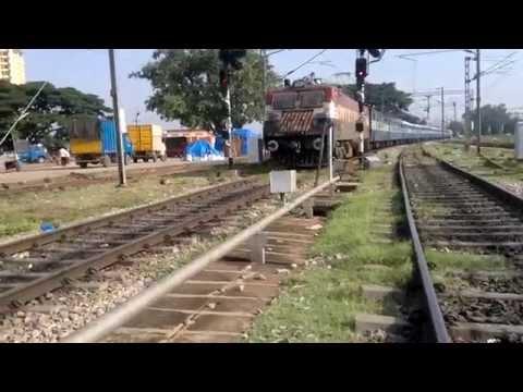 pondicherry dadar express arriving at yesvantpur junction 2014 05 21 1335