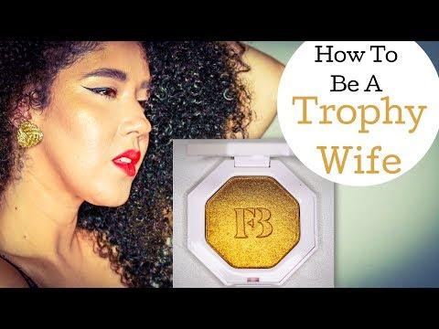 Trophy Wife   Fenty Beauty by Rihanna   Killawatt Highlighter   Gold