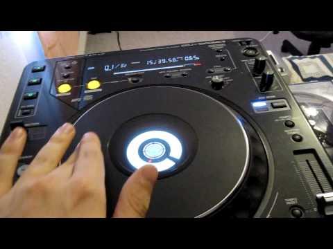 Pioneer CDJ 1000 MK3 with Serato Scratch Live