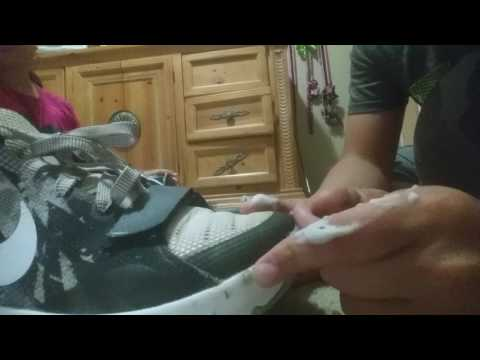 Cleaning kd Trey five in sister's  room
