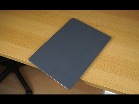 iPad Pro Smart Cover Unboxing and Installation (Grey)
