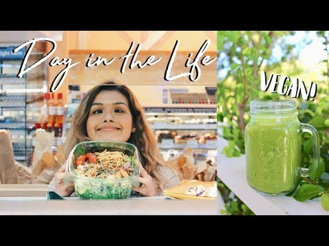TRYING TO BE HEALTHY IN COLLEGE // Day in the Life | ItsMandarin